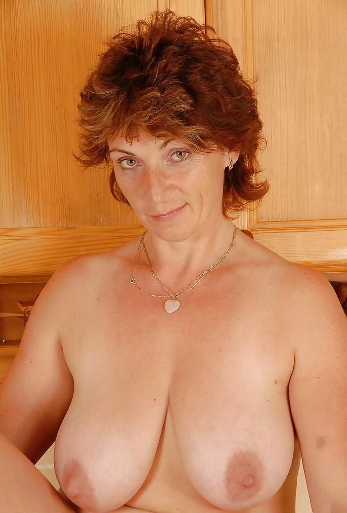 Hier gibt's Frivole Oma sowie Kostenlose Pornofilme.-4